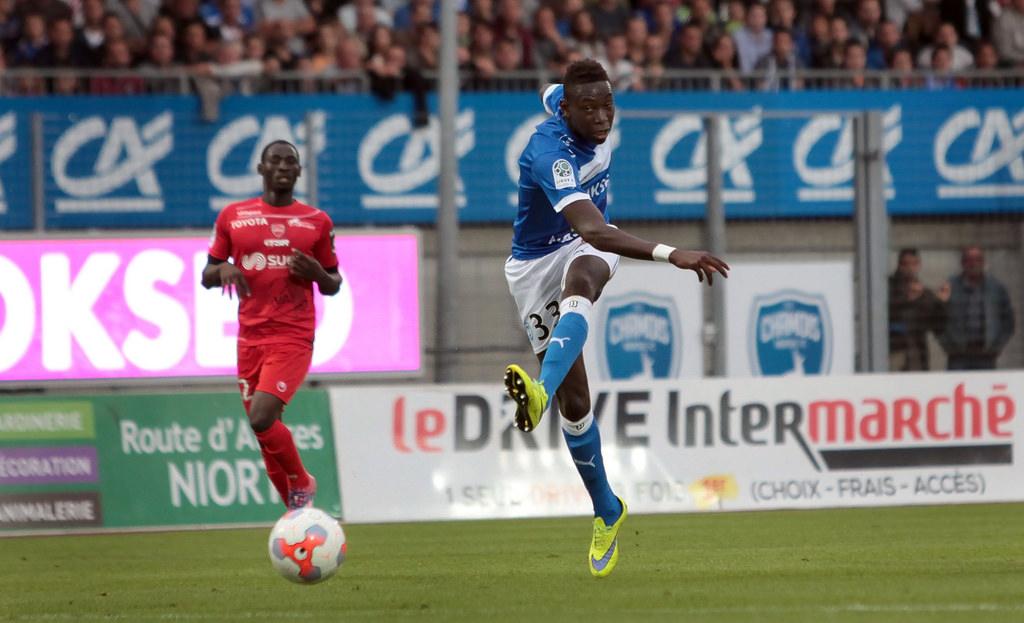 Mercato : L'ASSE regarde un latéral de Ligue 2