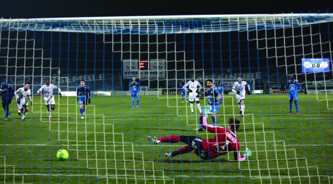 Roye penalty vs Amiens